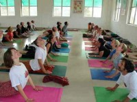 26 Days 300-Hour Yoga Teacher Training in India