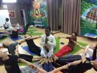 10 дней Йога для начинающих курс в Дхарамсале, Индия