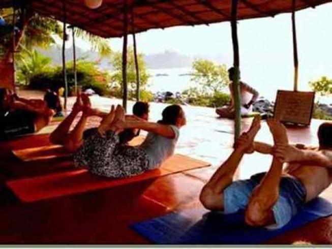 8 Days Vinyasa Flow Beach Yoga Retreat in Goa